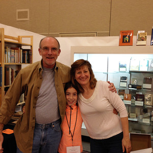 Vic Zoschak of Tavistock Books with two up-n-comers in the trade, Laurelle Swan of Swan's Fine Books and Dessa Kuritz of Churchill Book Collector!